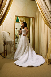 bride_on_phone